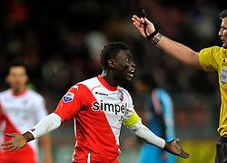 22-01-2012 VOETBAL: FC UTRECHT - PSV: UTRECHT<br /> Utrecht speelt gelijk tegen PSV 1-1 / Nana Asare haalt verhaal bij scheidsrechter Liesveld<br /> ©2012-FotoHoogendoorn.nl