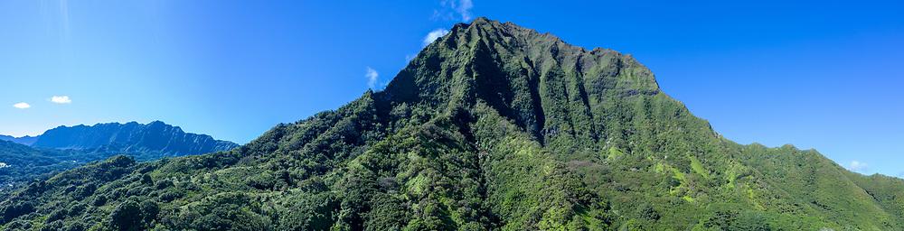 Aerial photograph of Mt Konahuanui & the Koolau Mountains, Windward Oahu, Hawaii