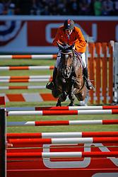 Zoer Albert (NED) - Oki Doki<br /> CN Grand Prix<br /> Spruce Meadows Masters - Calgary 2009<br /> © Dirk Caremans