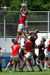 May 19, 2018 - Hong Kong, Hong Kong, China - Left flanker, Michael Leitch grabs the ball in a lineout.Japanese team Sunwolves win 26-23 over South Africa's Stormers in Rugby Super League's Hong Kong debut. Mong Kok Stadium, Hong Kong . Photo Jayne Russell (Credit Image: © Jayne Russell via ZUMA Wire)