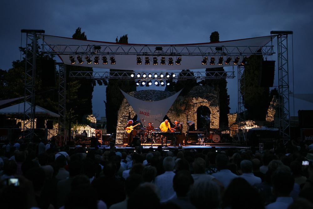 Cimiez-Nice, France. July 25th 2008..Gary Burton Quartet Revisited at the Nice Jazz Festival..Gary Burton, Pat Metheny (guitar), Steve Swallow (bass), Antonio Sanchez (drums)...