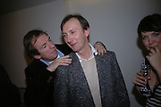 Hugo Rittson-Thomas and Keith Coventry, Endangered Species: Keith Coventry. Fine Art Society. New Bond St. London. 16 January 2006.  January 14 2006. London. ONE TIME USE ONLY - DO NOT ARCHIVE  © Copyright Photograph by Dafydd Jones 66 Stockwell Park Rd. London SW9 0DA Tel 020 7733 0108 www.dafjones.com