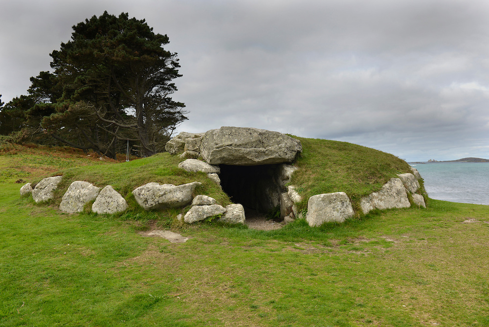 Innisidgen Upper Burial Chamber on St Mary's, Isles of Scilly