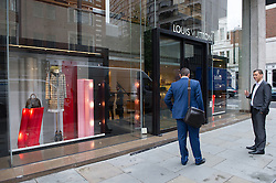 © London News Pictures. 20/07/15. London, UK. The Louis Vuitton store was raided overnight, Sloane Street, Central London. Photo credit: Laura Lean/LNP