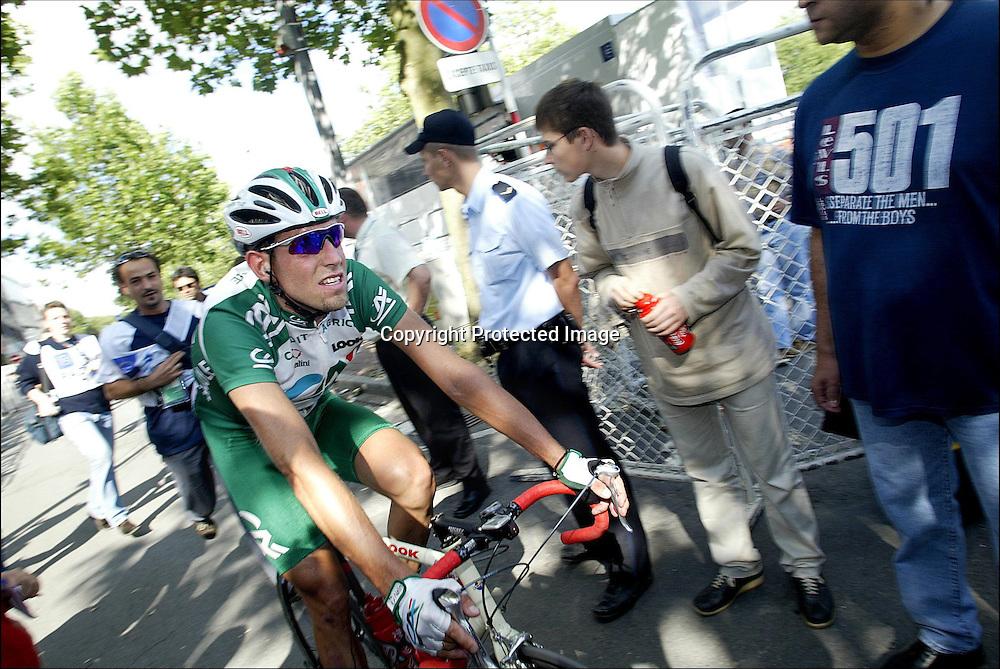 Luxembourg, 7.07.02.  Tour de France.  Sliten Thor Hushovd etter 1. etappe i Tour de France...Foto: Daniel Sannum Lauten/Dagbladet *** Local Caption *** Hushovd,Thor