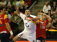 Andrej Klimovets (GER) gegen Albert Rocas (ESP) und Juan Perez (ESP). © Urs Bucher/EQ Images