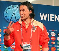 GEPA-0706081332 - WIEN,AUSTRIA,07.JUN.08 - FUSSBALL - UEFA Europameisterschaft, Vorbereitung auf die EURO 2008, Nationalteam Kroatien, Pressekonferenz. Bild zeigt Niko Kovac (CRO).<br />Foto: GEPA pictures/ Guenter R. Artinger