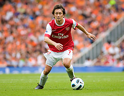 21.08.2010, Emirates Stadium, London, ENG, PL, FC Arsenal vs FC Blackpool, im Bild Arsenal's Tomas Rosicky in possesion. EXPA Pictures © 2010, PhotoCredit: EXPA/ IPS/ Mark Greenwood +++++ ATTENTION - OUT OF ENGLAND/UK +++++ / SPORTIDA PHOTO AGENCY