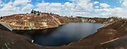 De Sao Domingos-mijn is een verlaten mijn met open pit in Corte do Pinto, Alentejo, Portugal. Deze site is een van de vulkanogene massieve sulfide-ertsafzettingen in de Iberische pyrietriem, die zich uitstrekt van het zuiden van Portugal tot Spanje. Het was de eerste plaats in Portugal met elektrische verlichting.<br /> <br /> The Sao Domingos mine is an abandoned open pit mine in Corte do Pinto, Alentejo, Portugal. This site is one of the volcanogenic massive sulfide ore deposits in the Iberian pyrite belt, stretching from the south of Portugal to Spain. It was the first place in Portugal with electric lighting.