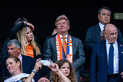 07-07-2019 FRA: Final USA - Netherlands, Lyon<br /> FIFA Women's World Cup France final match between United States of America and Netherlands at Parc Olympique Lyonnais. USA won 2-0 / Koning Willem-Alexander en zijn dochter Amalia
