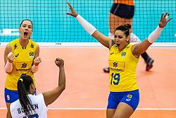 10-10-2018 JPN: World Championship Volleyball Women day 11, Nagoya<br /> Netherlands - Brazil 2-3 / Tandara Caixeta #19 of Brazil, Roberta Silva Ratzke #9 of Brazil
