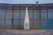 """Tijuana 2015.<br /> Limit of Mexican Republic, somebody call it """"limit of the dream"""".<br /> <br /> L'obelisco che segna l'inizio della patria messicana, con la croce dietro che segna la fine dei sogni dei migranti."""