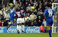 Fotball<br /> England 2004/2005<br /> Foto: SBI/Digitalsport<br /> NORWAY ONLY<br /> <br /> Millwall v West Ham United<br /> Coca Cola Championship. 21/11/2004.<br /> <br /> Daniel Dichio rises to head the winner for Millwall