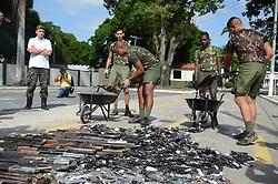 June 2, 2017 - Destruição  de aproximadamente 4000 armas recolhidas pela  Polícia Federal nos últimos dois anos,realizada no Batalhão de Manutenção e Suprimento de Armamento na Vila Militar zona Norte da cidade do Rio de Janeiro, RJ. (Credit Image: © Luiz Gomes/Fotoarena via ZUMA Press)