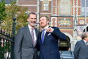 Koning Willem-Alexander en Koning Felipe VI vertrekken bij het Rijksmuseum na de opening van de tentoonstelling Rembrandt-Velazquez. Nederlandse en Spaanse Meesters<br /> <br /> King Willem-Alexander and King Felipe VI leave the Rijksmuseum after the opening of the Rembrandt-Velazquez exhibition. Dutch and Spanish Masters