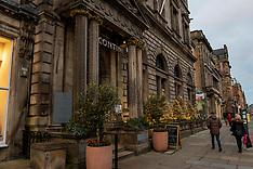 Shops and bars try to get into Christmas spirit, Edinburgh, 26 November 2020