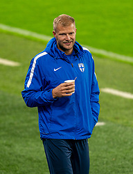 CARDIFF, WALES - Tuesday, November 17, 2020: Finland's Paulus Arajuuri with a drink before a training session at the Cardiff City Stadium ahead of the UEFA Nations League Group Stage League B Group 4 match between Wales and Finland. (Pic by David Rawcliffe/Propaganda)