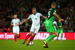 Harry Kane of England runs with the ball - Mandatory by-line: Robbie Stephenson/JMP - 05/10/2017 - FOOTBALL - Wembley Stadium - London, United Kingdom - England v Slovenia - World Cup qualifier