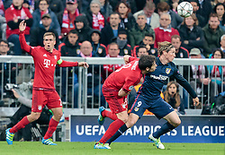 03.05.2016, Allianz Arena, Muenchen, GER, UEFA CL, FC Bayern Muenchen vs Atletico Madrid, Halbfinale, Rueckspiel, im Bild Philipp Lahm (FC Bayern Muenchen), Javi Martinez (FC Bayern Muenchen), Fernando Torres (Atletico Madrid) // Philipp Lahm (FC Bayern Muenchen) Javi Martinez (FC Bayern Muenchen) Fernando Torres (Atletico Madrid) during the UEFA Champions League semi Final, 2nd Leg match between FC Bayern Munich and Atletico Madrid at the Allianz Arena in Muenchen, Germany on 2016/05/03. EXPA Pictures © 2016, PhotoCredit: EXPA/ JFK