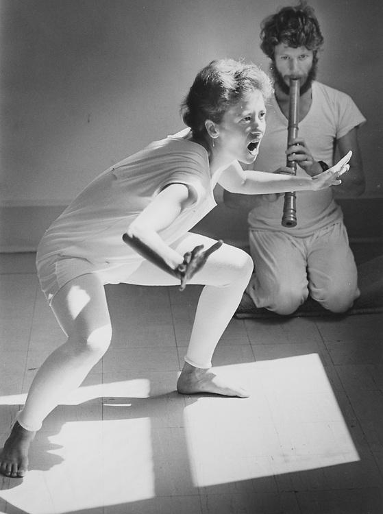 ©1990  modern dance practice