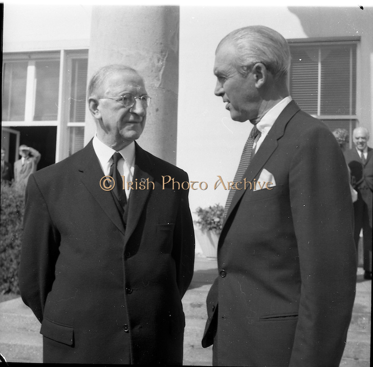 02/08/1962<br /> 08/02/1962<br /> 02 August 1962<br /> Ambassador Oil Co. representatives at Aras an Uachtarain.<br /> Picture shows Mr James (Jimmy) Stewart, (right) Film star and shareholder of Ambassador chats with President Eamon de Valera.