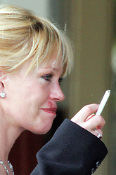 EXCLUSIVE. US actress Melanie Griffith is having lunch at Sunset Plaza with friends. It looks like she gets some herpes on her face. Los Angeles, CA, USA, on March 27, 2006. Photo by VIPIX/ABACAPRESS.COM  | 94558_02 Los Angeles Etats-Unis United States
