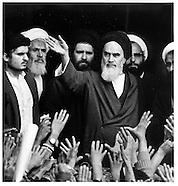 RN011 Arrival of Khomeyni in Teheran