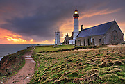 Sunset on the lighthouse of Pointe St-Mathieu by a cloudy evening<br /> <br /> Coucher de soleil sur le phare de la Pointe Saint-Mathieu par une soirée nuageuse