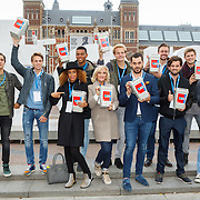 NLD/Amsterdam/20150907 - BN'ers collecteren voor het KWF,