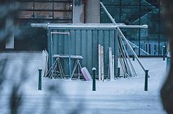 THEMENBILD - ein Baucontainer im Neuschnee, aufgenommen am 03. Dezember 2020, Kaprun, Österreich // a construction container in fresh snow on 2020/12/03, Kaprun, Austria. EXPA Pictures © 2020, PhotoCredit: EXPA/ Stefanie Oberhauser