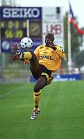 99072701: Mamadou Diallo, Lillestrøm. Lillestrøm - Blackburn 1-5, 19. juli 1999. Åråsen. (Foto: Peter Tubaas)