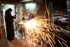 Palestine: Palestinian woman works at metal workshop , 18 Oct. 2016