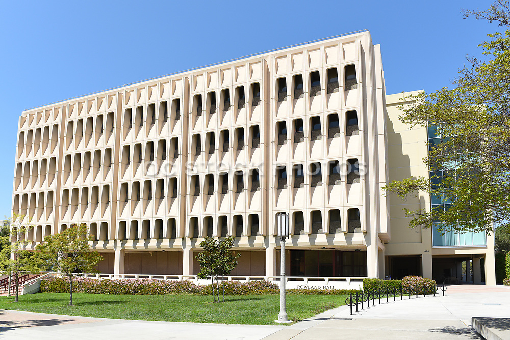 Rowland Hall on Campus at the University of California Irvine