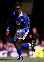 Ade Akinbiyi (Leicester City). Leicester City v Aston Villa, 19/8/2000, F.A. Carling Premiership. Credit : Colorsport / Matthew Impey.