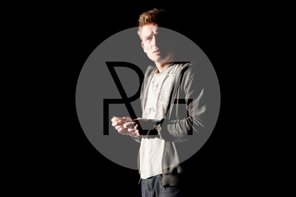 DEUTSCHLAND - BERLIN - Markus Braun, Schauspieler, bei der Hauptprobe des Absolventenvorspiel 2011/2012 des 'Michael Tschechow Studio Berlin' im Theater Forum Kreuzberg - 07. Dezember 2011 © Raphael Hünerfauth - https://www.huenerfauth.ch
