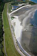 Nederland, Zeeland, Vlissingen, 12-06-2009; Zeedijk bij Ritthem, naast de dijk liggen de caissons die in 1944 gebruikt werden om het gat in de dijk te dichten wat ontstaan was na het bombardement van de geallieerden. .Caissons on the beach that were used for the closure the breach in the dike (arising after breakthrough of the dike because of the bombardment of the Allies in  1944).luchtfoto (toeslag), aerial photo (additional fee required).foto/photo Siebe Swart