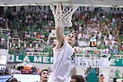 DESCRIZIONE : Campionato 2013/14 Finale GARA 4 Montepaschi Mens Sana Siena - Olimpia EA7 Emporio Armani Milano<br /> GIOCATORE : Jeff Viggiano<br /> CATEGORIA : Schiacciata Sequenza<br /> SQUADRA : Montepaschi Siena<br /> EVENTO : LegaBasket Serie A Beko Playoff 2013/2014<br /> GARA : Montepaschi Mens Sana Siena - Olimpia EA7 Emporio Armani Milano<br /> DATA : 21/06/2014<br /> SPORT : Pallacanestro <br /> AUTORE : Agenzia Ciamillo-Castoria / Claudio Atzori<br /> Galleria : LegaBasket Serie A Beko Playoff 2013/2014<br /> Fotonotizia : DESCRIZIONE : Campionato 2013/14 Finale GARA 4 Montepaschi Mens Sana Siena - Olimpia EA7 Emporio Armani Milano<br /> Predefinita :