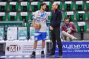DESCRIZIONE : Campionato 2014/15 Dinamo Banco di Sardegna Sassari - Olimpia EA7 Emporio Armani Milano Playoff Semifinale Gara3<br /> GIOCATORE : Massimo Chessa Massimo Cancellieri<br /> CATEGORIA : Fair Play Before Pregame<br /> SQUADRA : Dinamo Banco di Sardegna Sassari<br /> EVENTO : LegaBasket Serie A Beko 2014/2015 Playoff Semifinale Gara3<br /> GARA : Dinamo Banco di Sardegna Sassari - Olimpia EA7 Emporio Armani Milano Gara4<br /> DATA : 02/06/2015<br /> SPORT : Pallacanestro <br /> AUTORE : Agenzia Ciamillo-Castoria/L.Canu