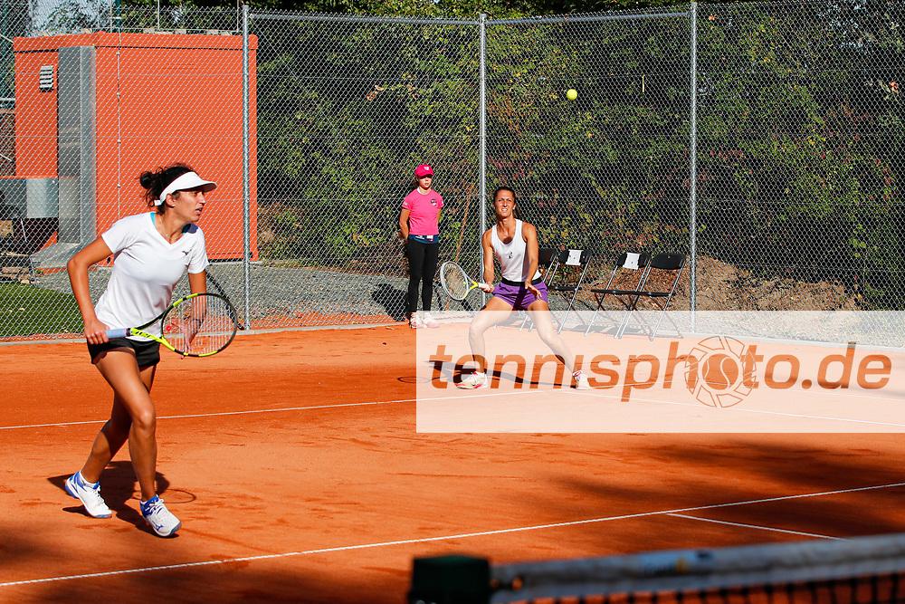 Martina di Giuseppe (ITA), Giulia Gatto-Monticone (ITA) - WTO Wiesbaden Tennis Open - ITF World Tennis Tour 80K, 23.9.2021, Wiesbaden (T2 Sport Health Club), Deutschland, Photo: Mathias Schulz