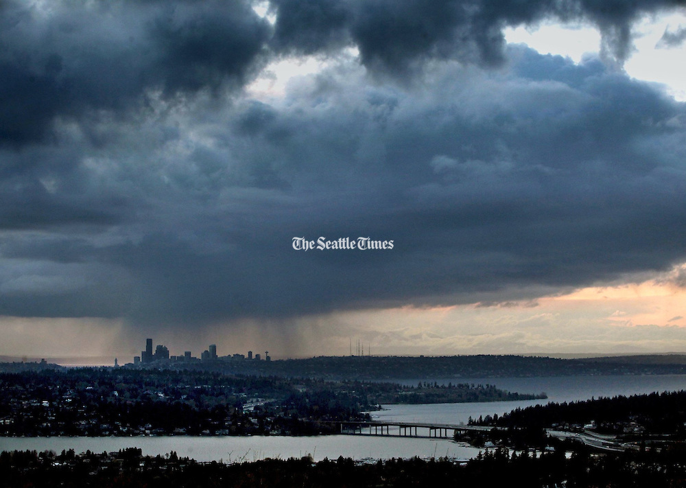 Spring: April showers target Seattle. (Ellen M. Banner / The Seattle Times)