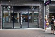 Nederland, Nijmegen, 12-8-2020 Winkelruimte te huur in een winkelstraat in de binnenstad van deze stad in Gelderland .  Foto: ANP/ Hollandse Hoogte/ Flip Franssen