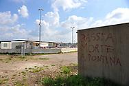Roma 30/03/2011: Campo Nomadi di Castel Romano,.<br /> © Andrea Sabbadini