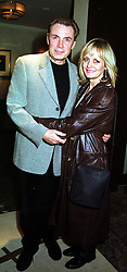 MR LEIGH LAWSON and his wife TWIGGY the model, at a party in London on 29th September 1999.MWX 53