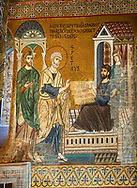 Medieval Byzantine style mosaics of the life of St Peter, the Palatine Chapel, Cappella Palatina, Palermo, Italy .<br /> <br /> If you prefer you can also buy from our ALAMY PHOTO LIBRARY  Collection visit : https://www.alamy.com/portfolio/paul-williams-funkystock/byzantine-art-antiquities.html . Type -    Palatine     - into the LOWER SEARCH WITHIN GALLERY box. Refine search by adding background colour, place, museum etc<br /> <br /> Visit our BYZANTINE MOSAIC PHOTO COLLECTION for more   photos  to download or buy as prints https://funkystock.photoshelter.com/gallery-collection/Roman-Byzantine-Art-Artefacts-Antiquities-Historic-Sites-Pictures-Images-of/C0000lW_87AclrOk
