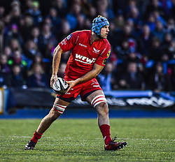 Scarlets' Tadhg Beirne - Mandatory by-line: Craig Thomas/Replay images - 31/12/2017 - RUGBY - Cardiff Arms Park - Cardiff , Wales - Blues v Scarlets - Guinness Pro 14