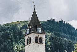 THEMENBILD - der mächtige Glockenturm der Liebfrauenkirche Kitzbühel, aufgenommen am 11. Juni 2020, Kitzbühel, Österreich // the mighty bell tower of the Liebfrauenkirche Kitzbühel on 2020/06/11, Kitzbühel, Austria. EXPA Pictures © 2020, PhotoCredit: EXPA/ Stefanie Oberhauser