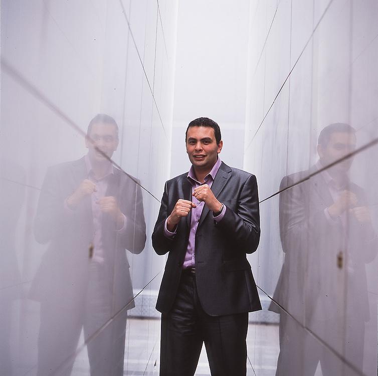 Aziz Senni - French Writer & entrepreneur.