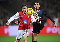 Fotball<br /> Frankrike<br /> Foto: DPPI/Digitalsport<br /> NORWAY ONLY<br /> <br /> FOOTBALL - UEFA CUP 2008/2009 - 1/8 FINAL - 1ST LEG - 12/03/2009 - PARIS SG v SC BRAGA - GUILLAUME HOARAU (PSG) / JOAO PEREIRA (BRA)