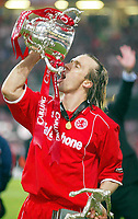 Photo: Scott Heavey.<br /> Middlesbrough v Bolton Wanderers. Carling Cup Final. 29/02/2004.<br /> Bolo Zenden celebrates with a drink from the Carling Cup