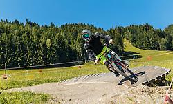 07.06.2016, Bikepark, Leogang, AUT, OeSV, Ski Alpin, Trainingslehrgang Mountainbike, im Bild Max Franz während eines Mountainbike Grundkurses der ÖSV Abfahrer // during a mountain Basic training of the Austrian Ski Alpine downhill team at the Bikepark, Leogang, Austria on 2016/06/07. EXPA Pictures © 2016, PhotoCredit: EXPA/ JFK